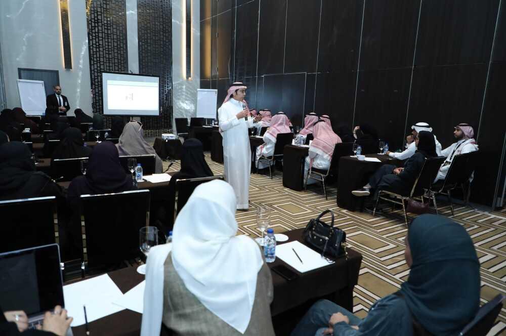 """منتدى أسبار الدولي يعلن صدور """"معجم مصطلحات الدراسات المستقبلية"""""""