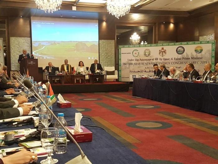 500 مليار دولار استثمارات بقطاع الطاقة المتجددة العربي حتى 2040