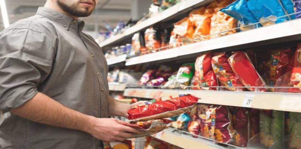 مبيعات الوجبات الخفيفة تنمو 14% في عام 2025