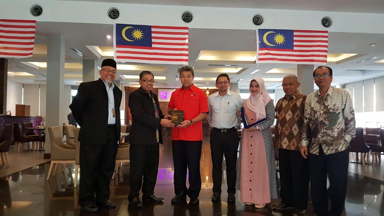UM Metro Optimis Buka S3 By Research Bersama Universiti Kebangsaan Malaysia