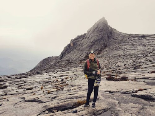 Reaching Mount Kinabalu summit