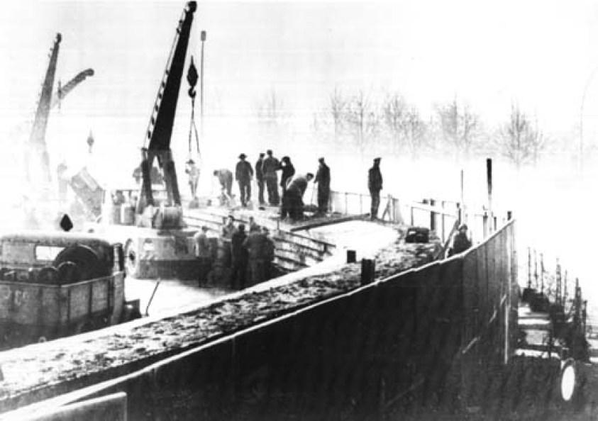 Berlin Wall Construction
