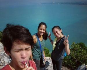 Hiking Bukit Batu Putih Port Dickson
