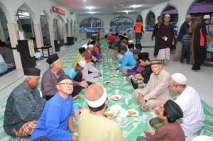 Communal meals