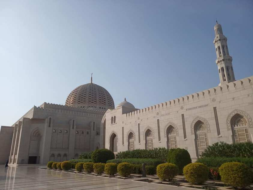 Sultan Qaboos Grand Mosque, Muscat | Ummi Goes Where?