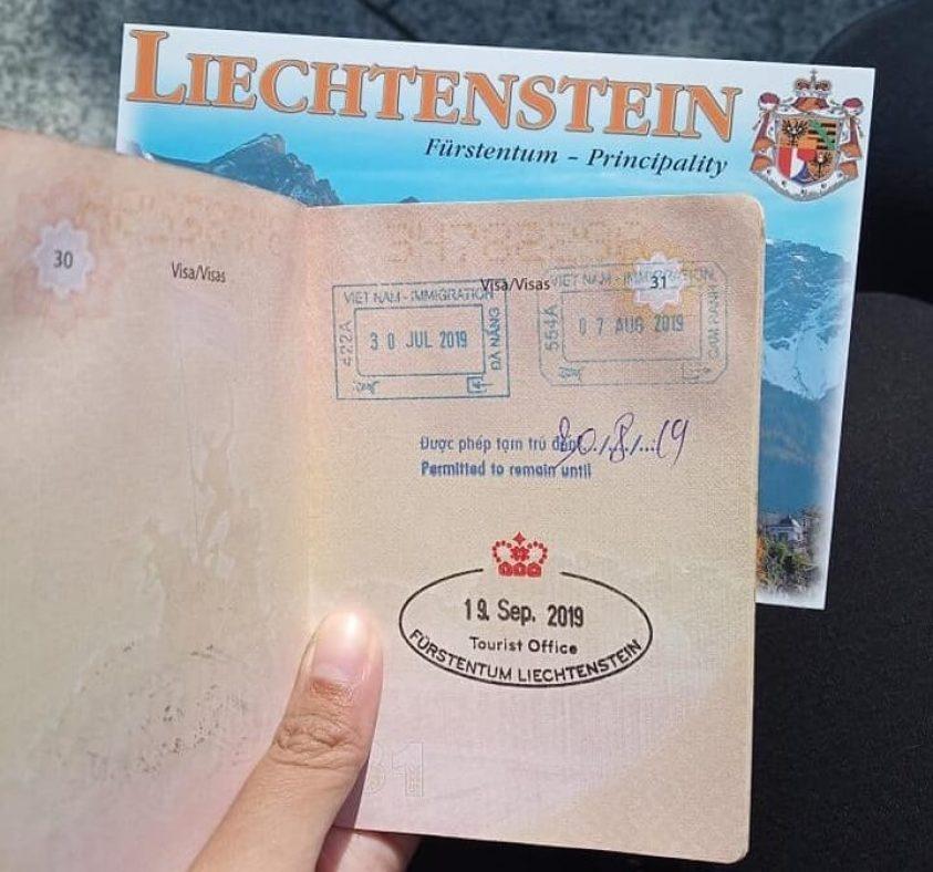 Liechtenstein souvenir stamp | Ummi Goes Where?