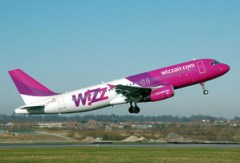 440px-Whizzair.a320-200.lz-wza.leavesground.arp[1]
