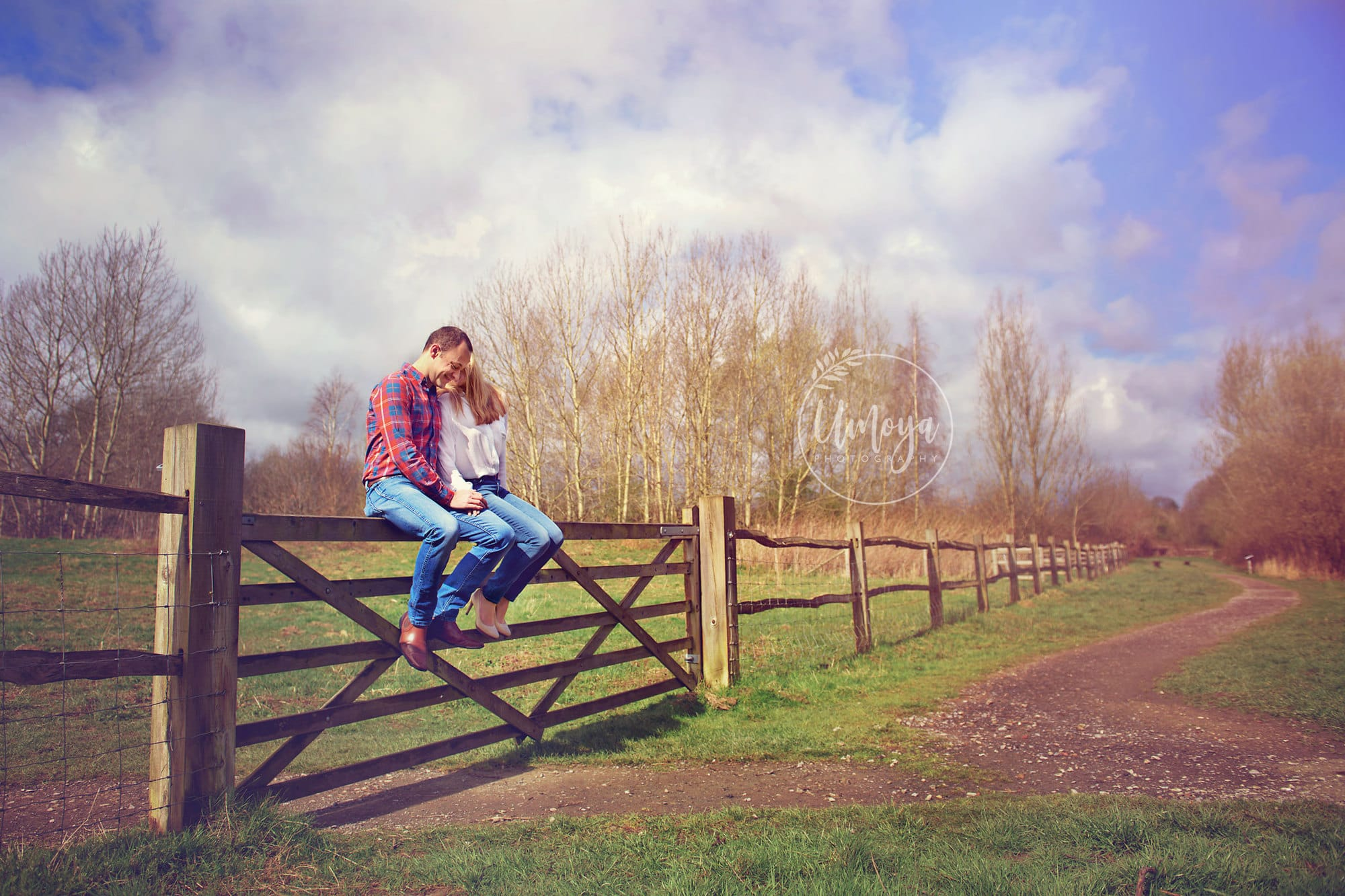Engagement photoshoot by Umoya Photography, Horsham
