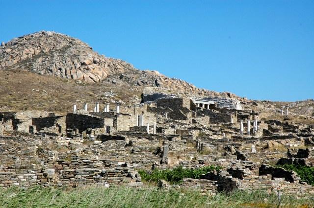 Delos, a ilha sagrada de Apolo