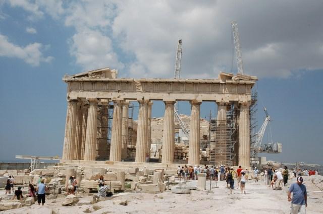 O Partenon - Um dos mais famosos edificios do mundo.