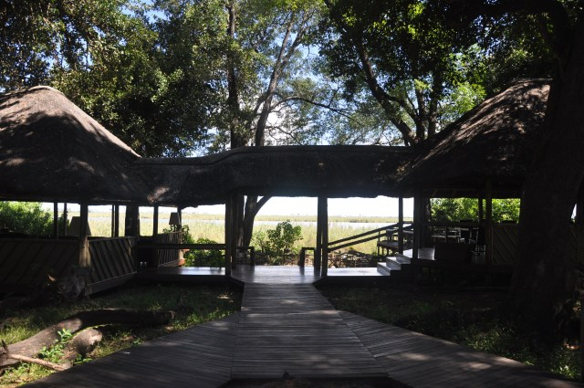 Detalhe da área social do Acampamento Duma Tau