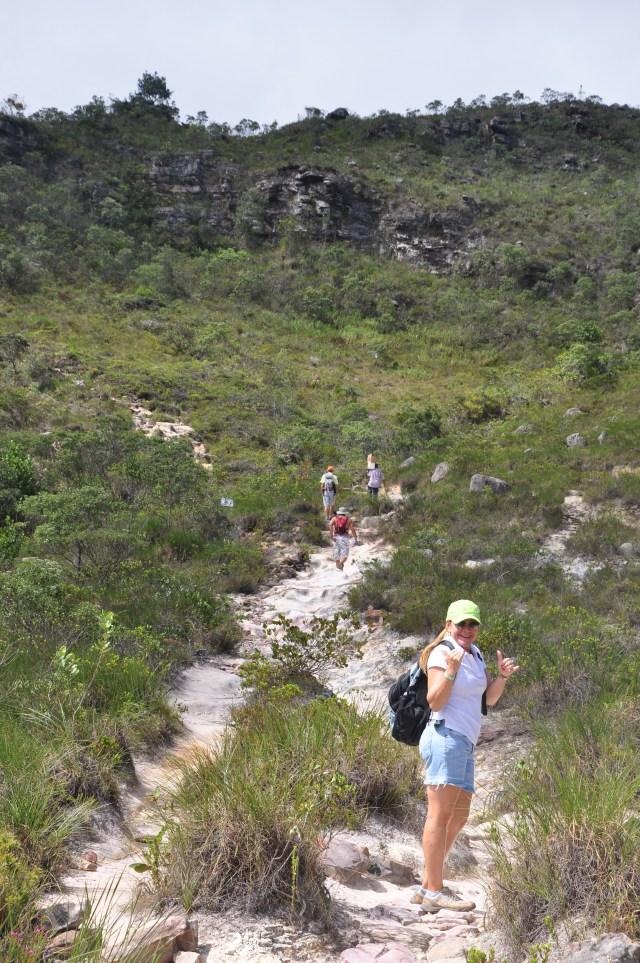 O início da trilha para a cachoeira da Fumaça.