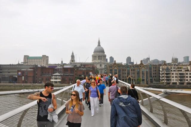 O Domo da Catedral de São Paulo é visto de vários locais de Londres.