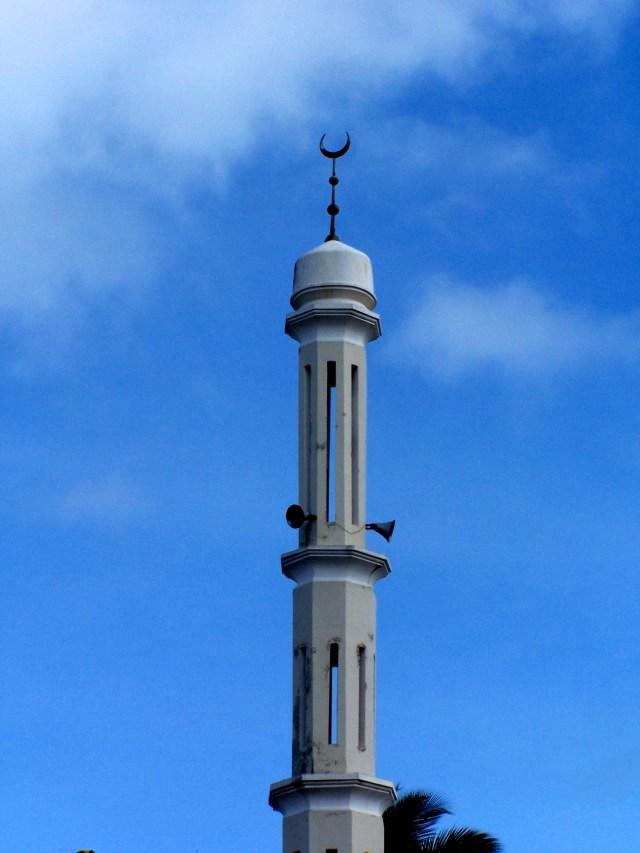 O minarete da mesquita de Zanzibar.