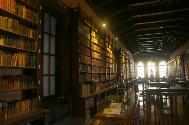 A biblioteca do Convento de Santo Domingo.