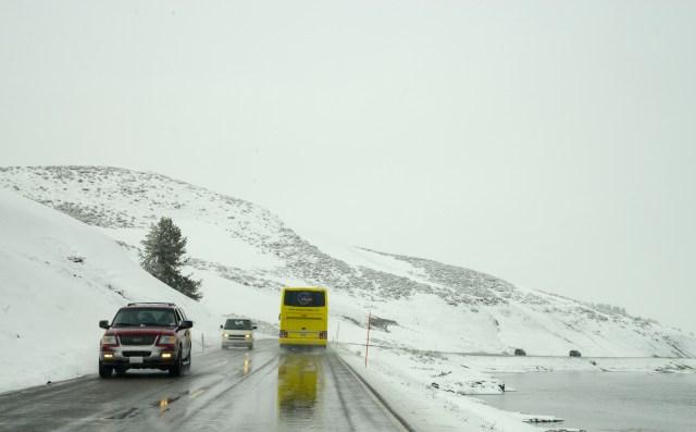 Pegamos a estrada no primeiro dia de liberação para o tráfego de veículos.