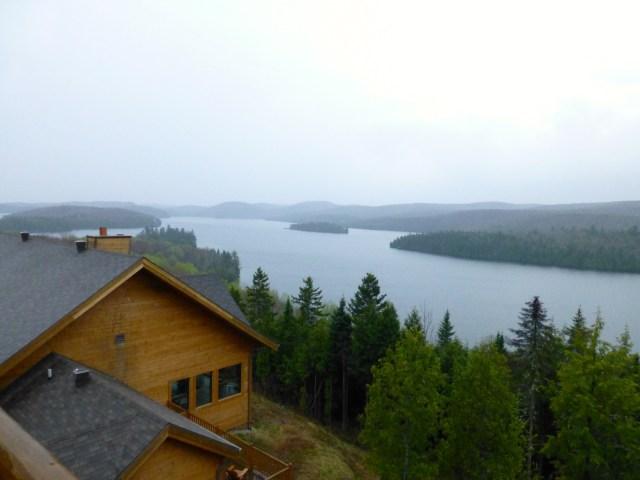 Frio e chuva no Sacacomie Lodge