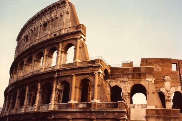 Detalhe do espetacular Coliseu de Roma