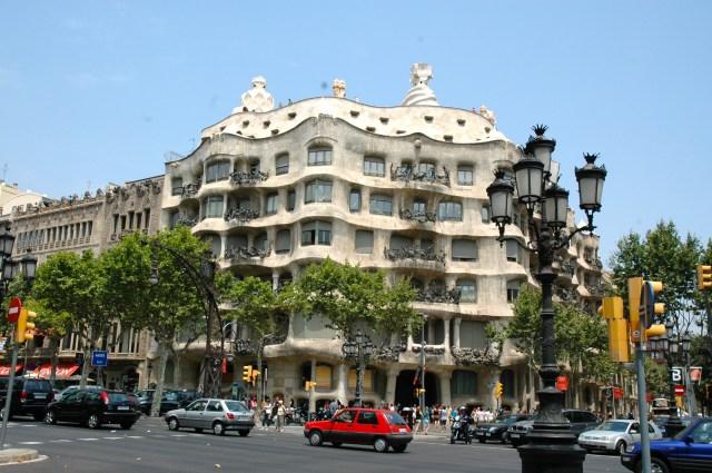 As ruas movimentadas de Barcelona