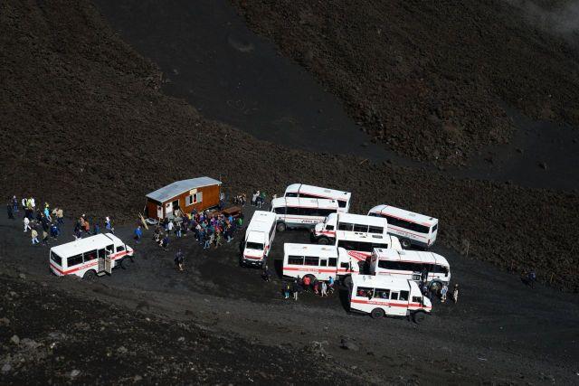 A terceira base da escalada ao Etna. A partir daqui só a pé.
