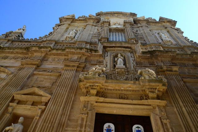 Quase não conseguimos fotografar a maravilhosa fachada da Catedral de Sant'Agata