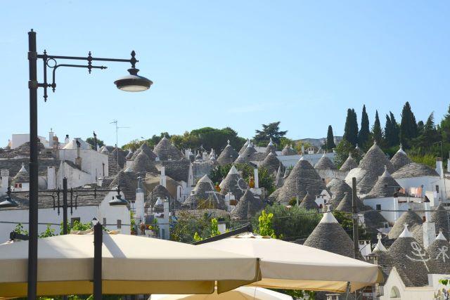 Um bairro inteiro de casas Trulli.