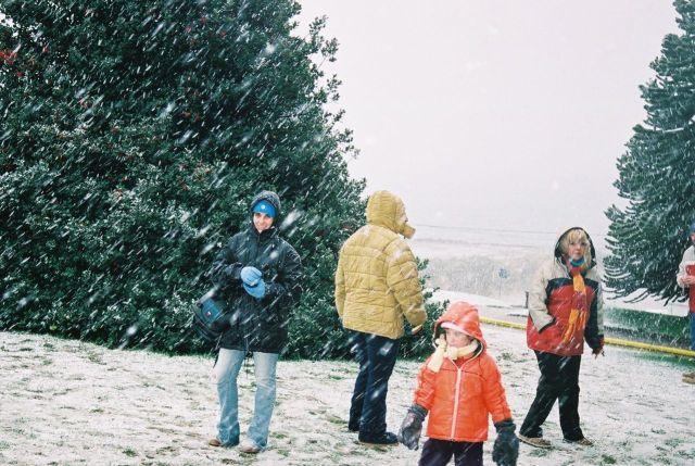 Duas horas de nevasca intensa.