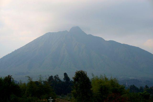 Um dos vulcões de Ruanda.
