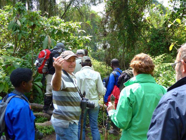O nosso grupo iniciando a trilha pelo Parque Nacional.