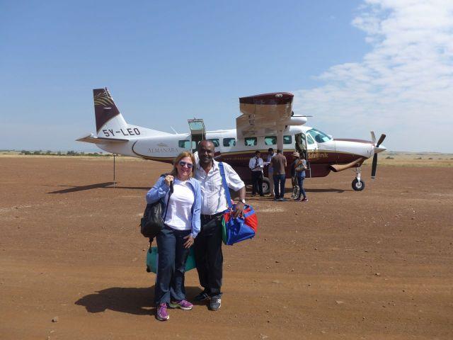 A despedida do nosso excelente guia de safari, Kombo.