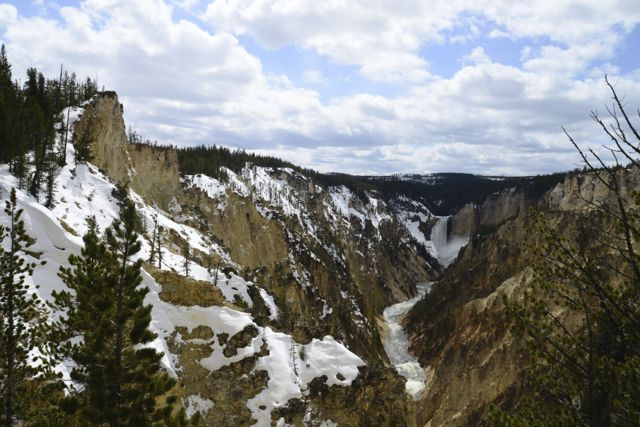 O Yellowstone Park, nos Estados Unidos, é um dos destinos registrados no livro.