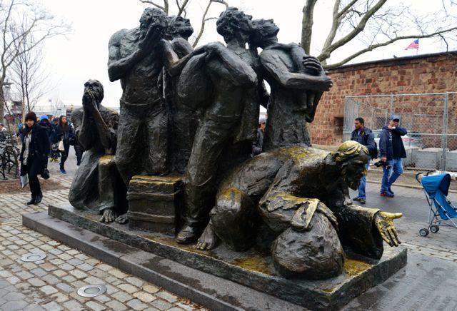 Esculturas do Battery Park.