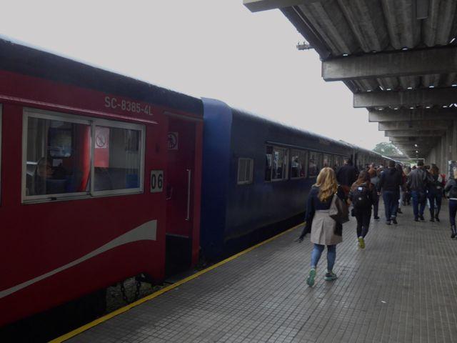 Embarcando no trem da Curitiba-Paranaguá