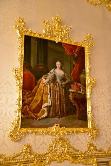 Não é permitido fotografar no Salão de Âmbar, então fique com uma pintura de Catarina, a Grande.