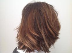 Ein Haarschnitt. Erfolgreich aufgeschoben und jetzt sieht's auch von der Länge her wieder besser aus. Im Moment bin ich zu faul, mir einen Termin zu machen. Mal sehen. Vielleicht vor Weihnachten?