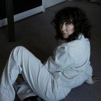 EMILIE NICOLAS - LET HER BREATHE (Pop/RnB - Norway)