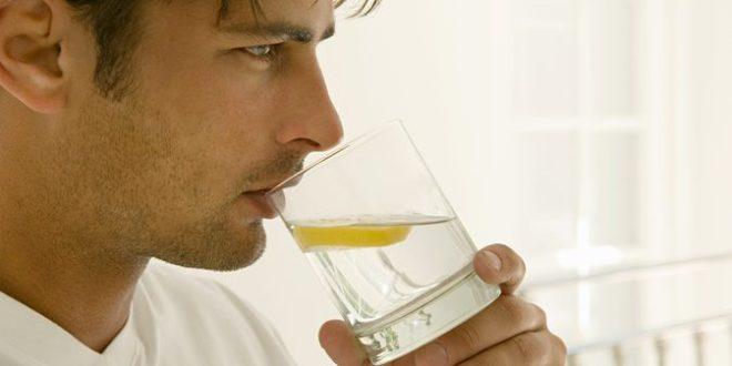 agua-com-limão-pode-ajudar-na-perda-de-peso