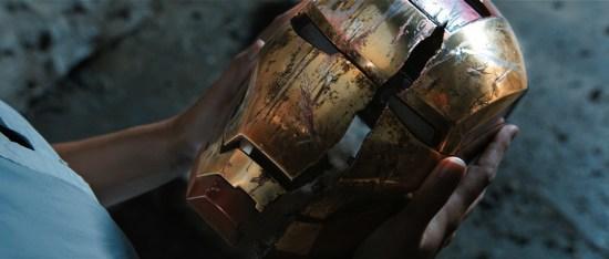 """Homem de Ferro 3"" - capacete destruído"