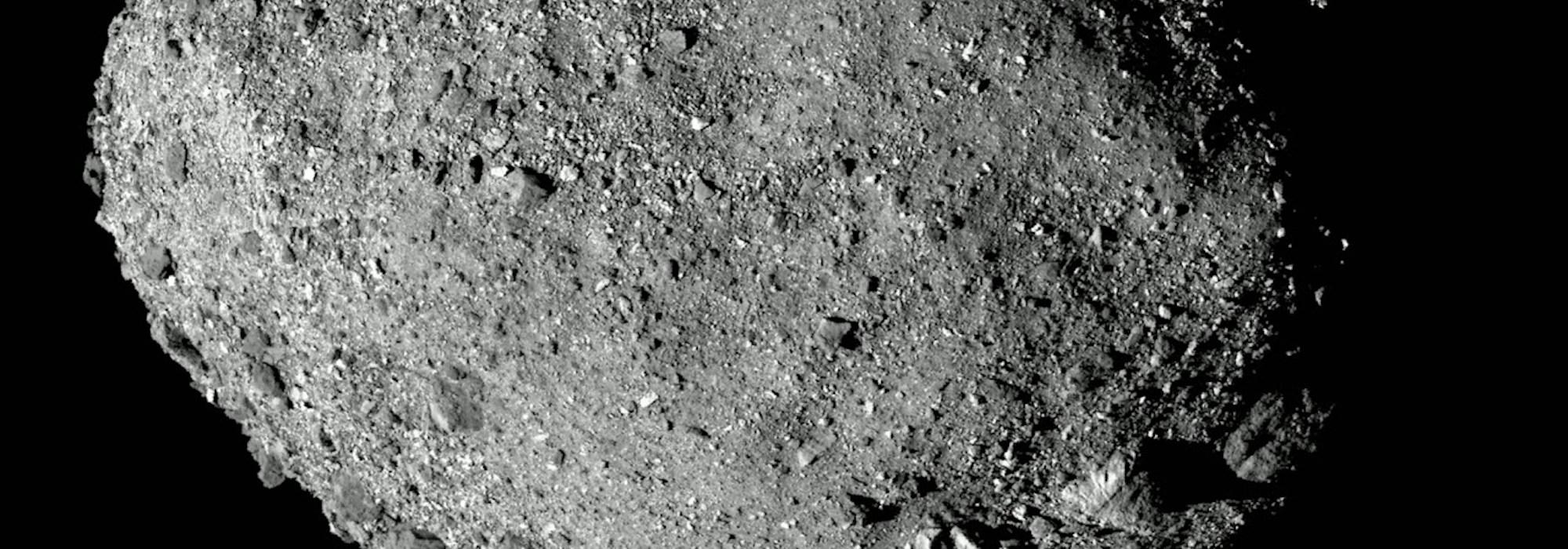 NASA'nın OSIRIS-REx Misyonu: Bennu asteroidinin dumanları