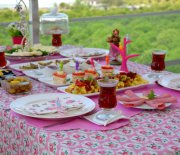 Bahar  Kahvaltısına  Buyurun :)
