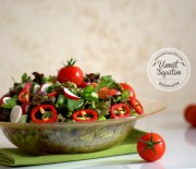 Yemekte   Olmazsa  Olmaz –  Salata  Tarifi