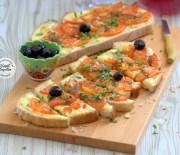 Ekmek  Pizza  Tarifi