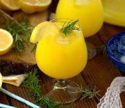 1 Portakal 1 Limon İle  Nefis  Limonata  Tarifi