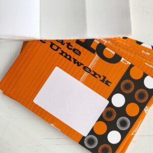 10 Kuverts, Recyclingpapier, mit Adressaufkleber,