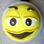 Gâteau M&M's jaune