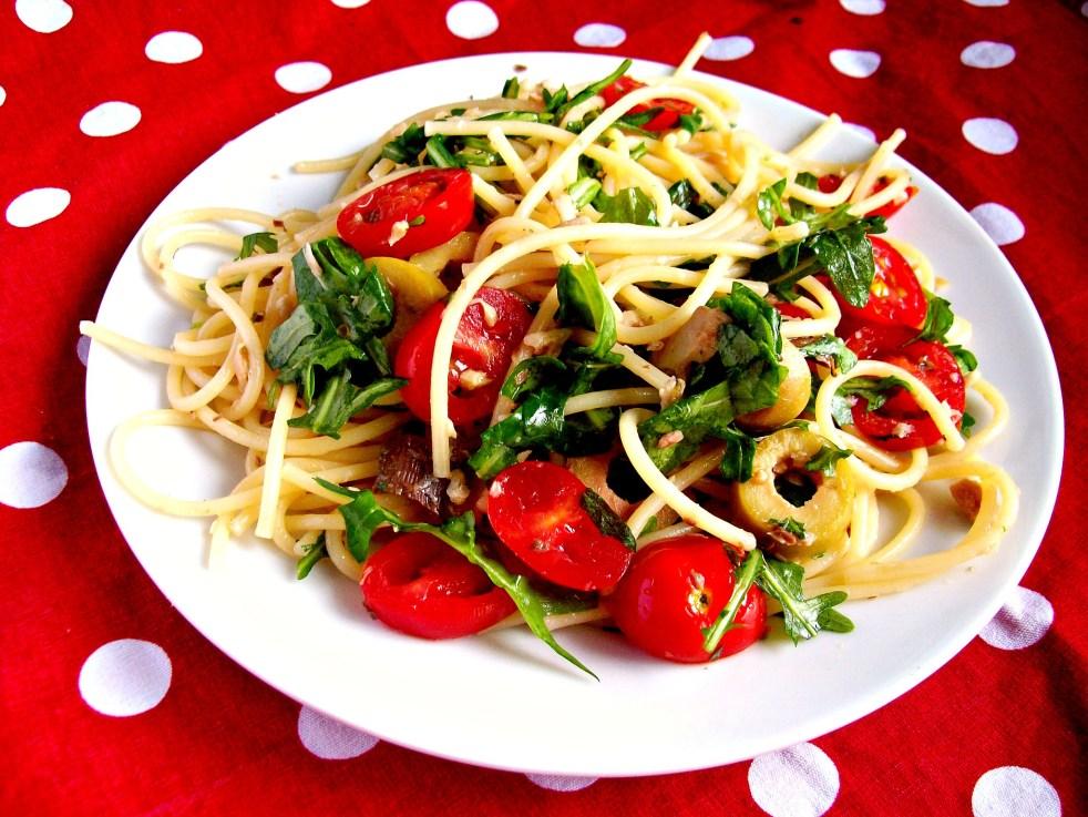 spaghettis à la sardine roquette et origan