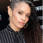 lisa_bonet_grey_hair