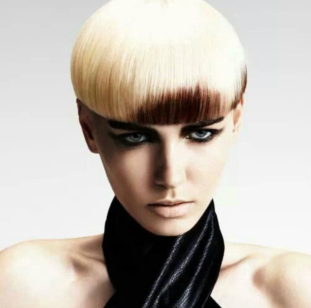 short_hair_blond_bowl_cut_above_brow