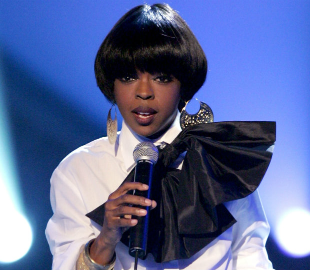 short_hair_lauryn_hill_bowl_cut_mushroom_cut