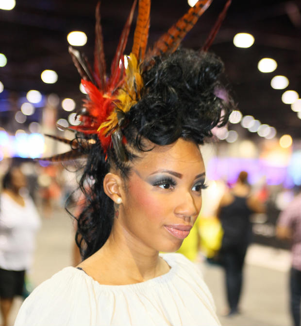 hairshow_feathers_mowhawk